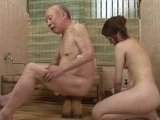 Tits kecil